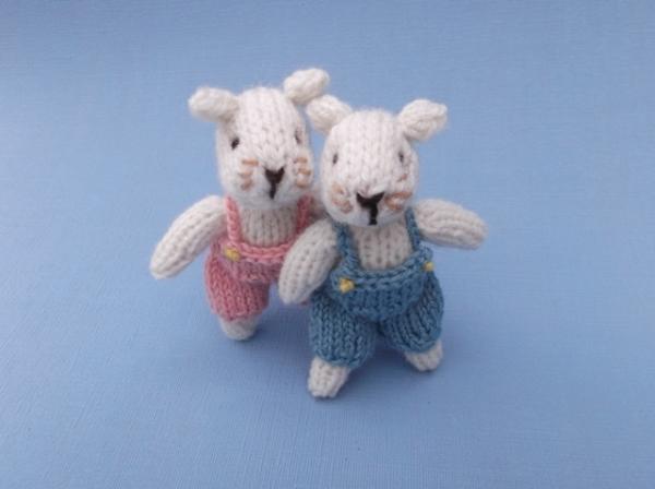Little twin mice