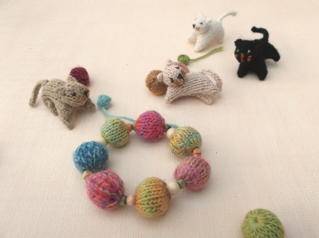 Knitted bead bracelet
