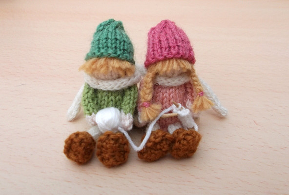 Knitting Rhyme In Through The Bunny Hole : Knitting rhyme knits by sachi