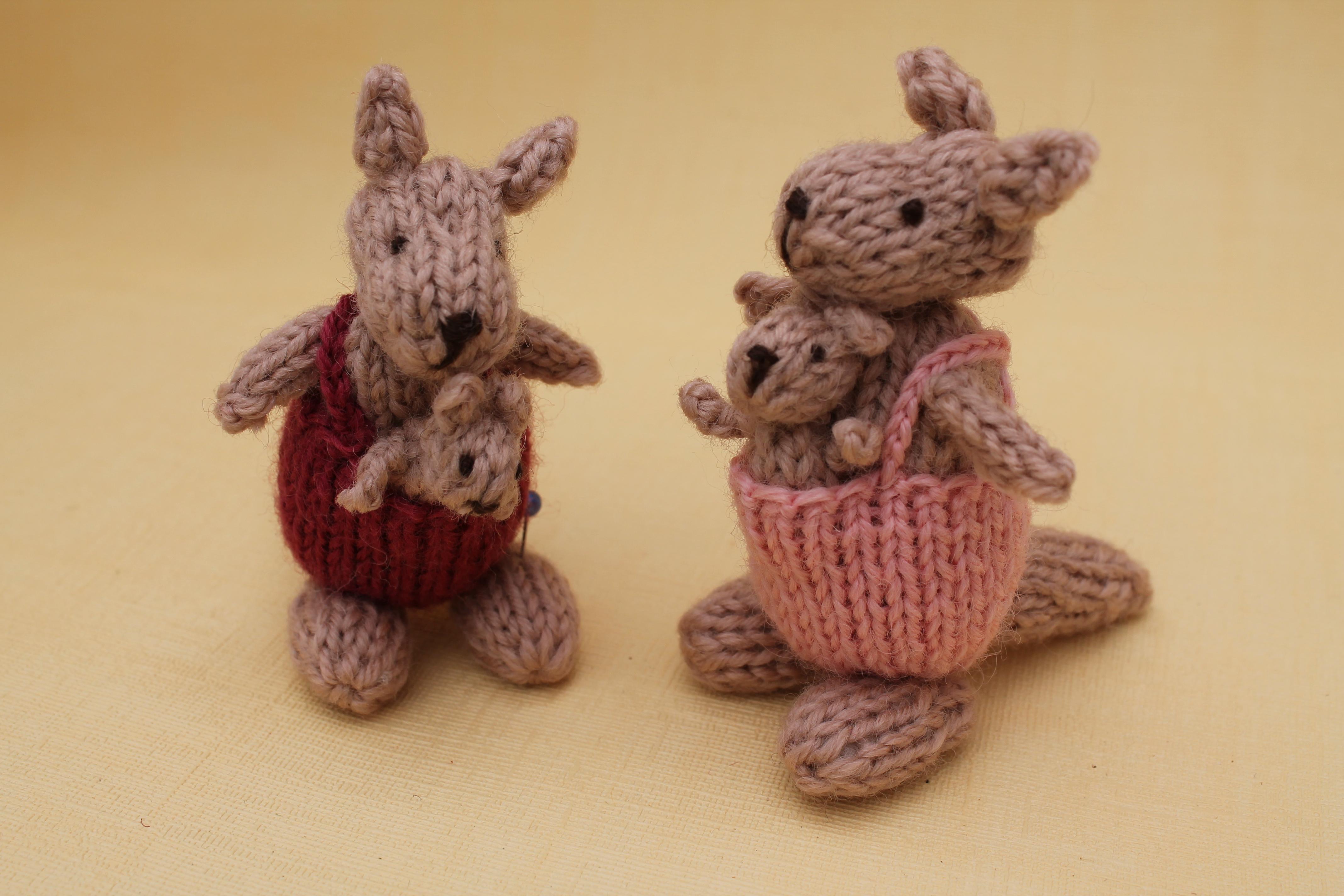 Kangaroo Knitting Pattern : knits by sachi