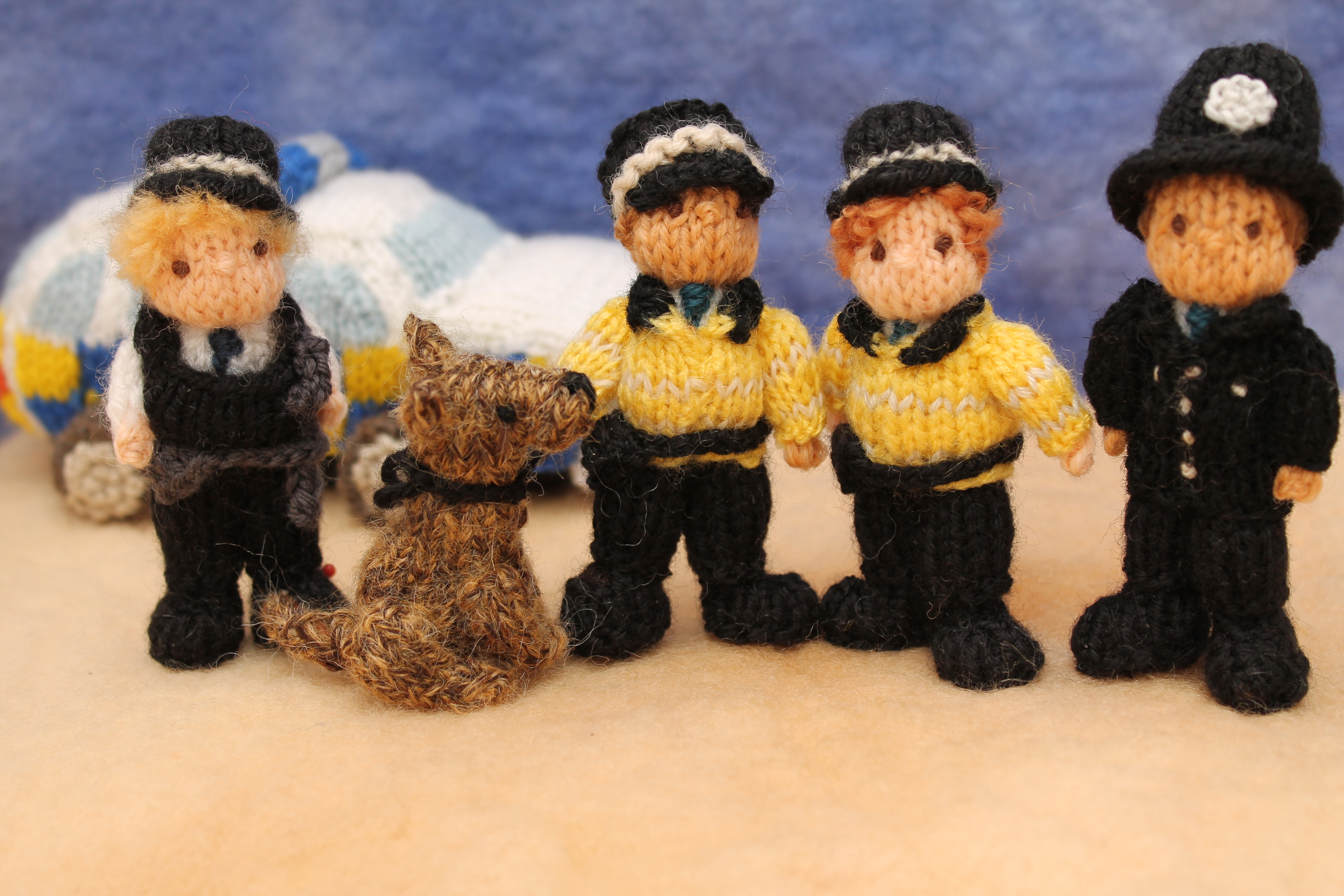 PSNI Male Officer Knitting Pattern