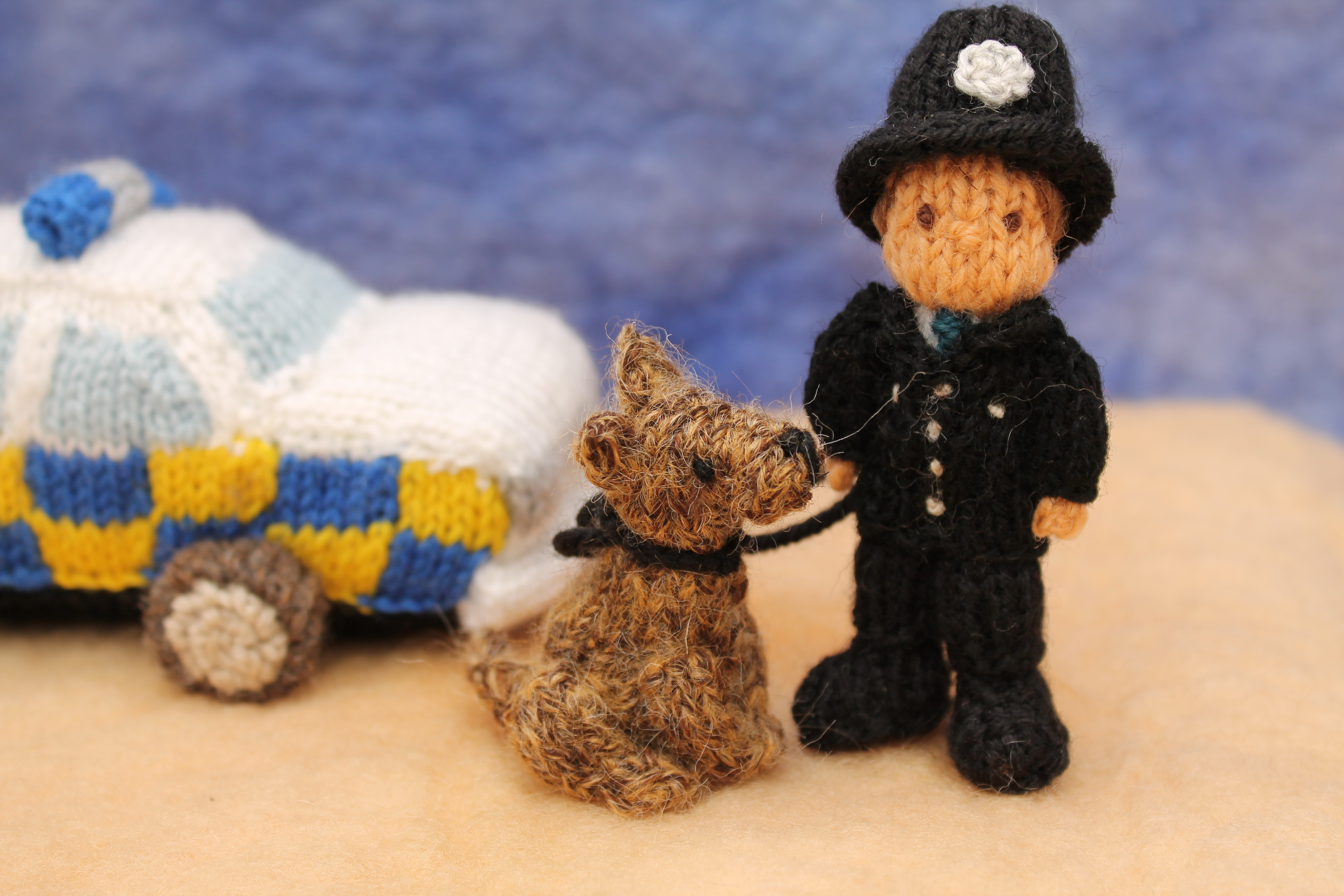 Knitting Pattern For Welsh Doll : Knitted UK police officers knits by sachi