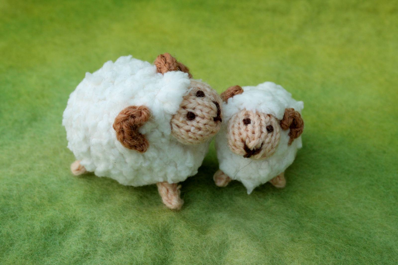 Knitting pattern knits by sachi httpsetsylisting216522036mummy sheep and baby lamb knitting bankloansurffo Gallery
