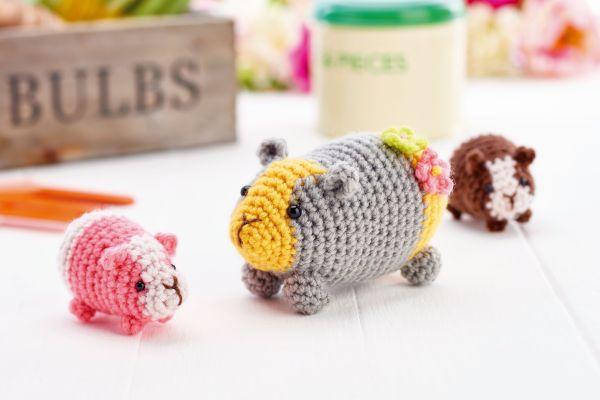 Tutorial on How to Crochet an Amigurumi Baby Guinea Pig - YouTube | 400x600